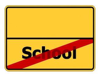 Straßenschild: Schulschließung